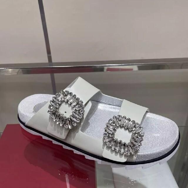 ROGER VIVIER(ロジェヴィヴィエ)のダブルストーン クリスタルサンダル〈お値下げ不可〉 レディースの靴/シューズ(サンダル)の商品写真