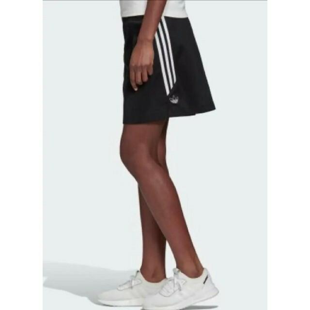 adidas(アディダス)の3本ライン ミニスカート サイズM アディダス オリジナルス レディースのスカート(ミニスカート)の商品写真