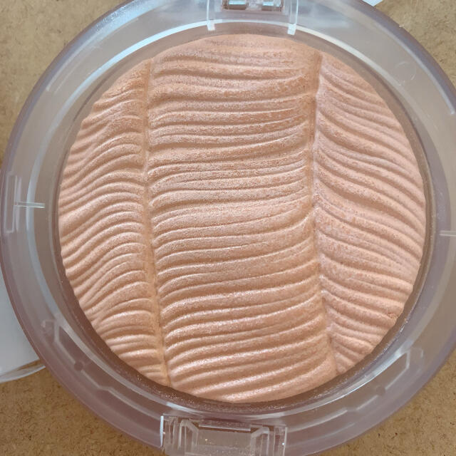 MAC(マック)のMACハイライト コスメ/美容のベースメイク/化粧品(フェイスパウダー)の商品写真