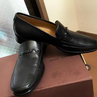 ルイヴィトン(LOUIS VUITTON)の新品同様LOUIS VUITTON レザーローファー スリッポン 7 黒 メンズ(ドレス/ビジネス)