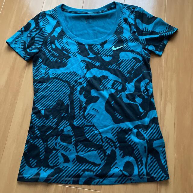 NIKE(ナイキ)のNIKE DRY FIT  Tシャツ スポーツ/アウトドアのランニング(ウェア)の商品写真