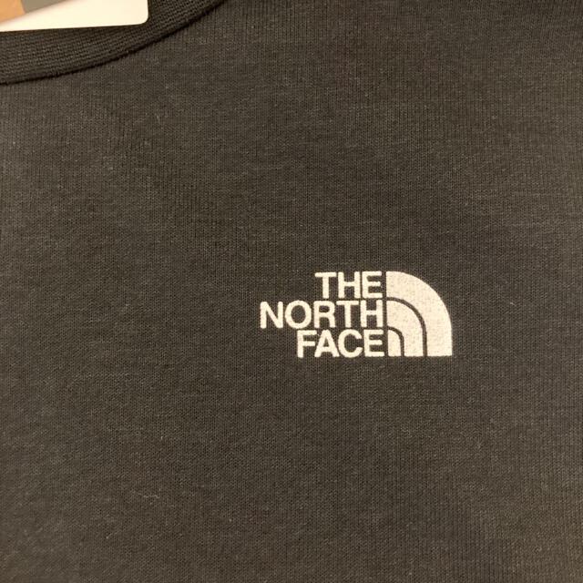 THE NORTH FACE(ザノースフェイス)のノースフェイス スクエア ロゴ Tシャツ レディース ブラック NTW32038 レディースのトップス(Tシャツ(半袖/袖なし))の商品写真