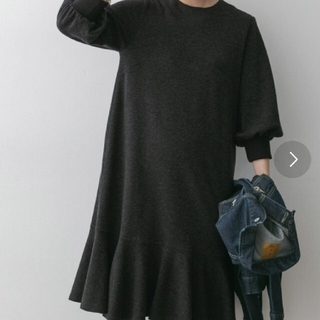 アーバンリサーチロッソ(URBAN RESEARCH ROSSO)のROSSO*ほぼ未使用⭐裾フレアワンピース(ひざ丈ワンピース)
