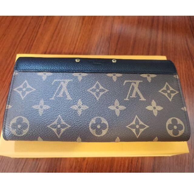 LOUIS VUITTON(ルイヴィトン)のLOUIS VUITTONポルトフォイユ・パラス長い財布 レディースのファッション小物(財布)の商品写真