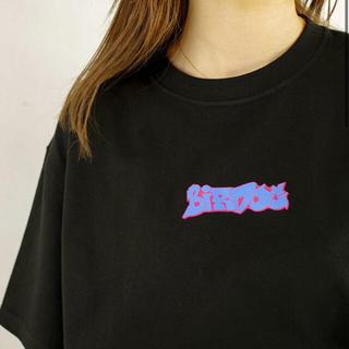 Birdog logoT BLUE_BLACK コムドット com.(Tシャツ/カットソー(半袖/袖なし))