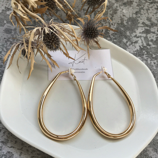 Mila Owen - outlet! big hoop earrings