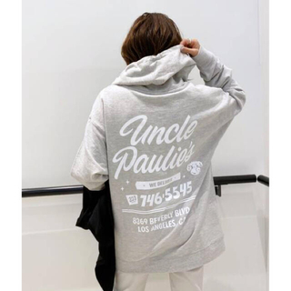 L'Appartement DEUXIEME CLASSE - 【UNCLE PAULIE'S 】HOODED SWATSHIRT