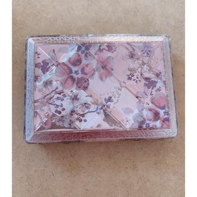 JILLSTUART(ジルスチュアート)のジルスチュアートアイシャドウ コスメ/美容のベースメイク/化粧品(アイシャドウ)の商品写真