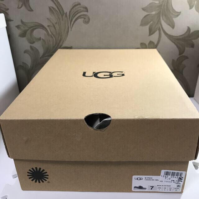 UGG(アグ)のUGG ピコ レディース スニーカー スリッポン メッシュ ファー 付  24㎝ レディースの靴/シューズ(スニーカー)の商品写真