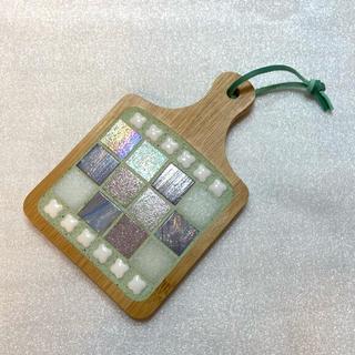 ガラスモザイクタイルの爽やかグリーン目地コースタートレイ...♪*゚(インテリア雑貨)