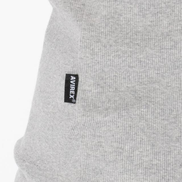 AVIREX(アヴィレックス)の新品アヴィレックスX LサイズVネック定番半袖ティーシャツ! メンズのトップス(Tシャツ/カットソー(半袖/袖なし))の商品写真