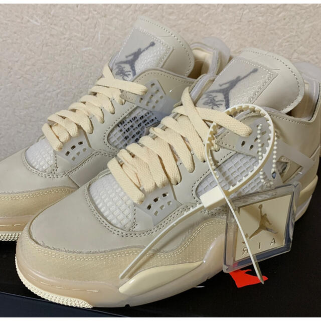NIKE(ナイキ)のNIKE エアジョーダン4 オフホワイト メンズの靴/シューズ(スニーカー)の商品写真