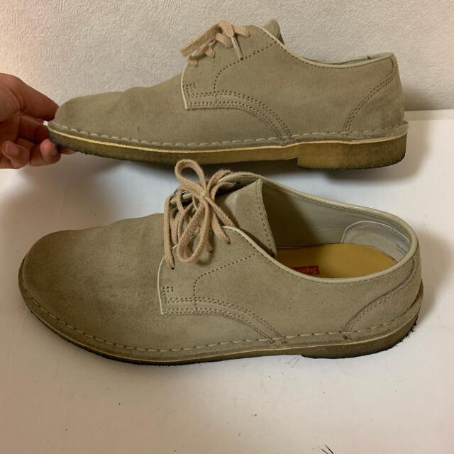 Supreme(シュプリーム)の【レア】シュプリーム × クラークス レザー デザートブーツ US8.5 正規品 メンズの靴/シューズ(ブーツ)の商品写真