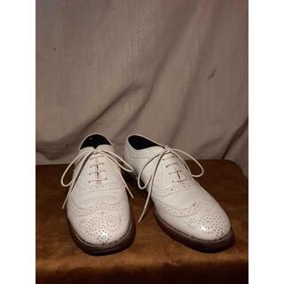 トリッカーズ(Trickers)の:Tricker's ホワイト UK4.5((ローファー/革靴)