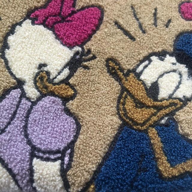 Daisy(デイジー)のディズニー ビッグポーチ ドナルド デイジー エンタメ/ホビーのおもちゃ/ぬいぐるみ(キャラクターグッズ)の商品写真