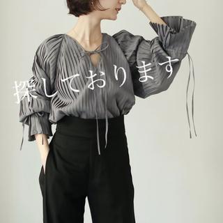 トゥデイフル(TODAYFUL)のlouren all pleats volume blouse(シャツ/ブラウス(長袖/七分))