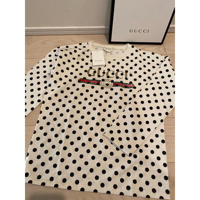 Gucci(グッチ)の【新品】GUCCI グッチ チルドレン❣️ドット長袖Tシャツ❣️10 レディースのトップス(Tシャツ(長袖/七分))の商品写真