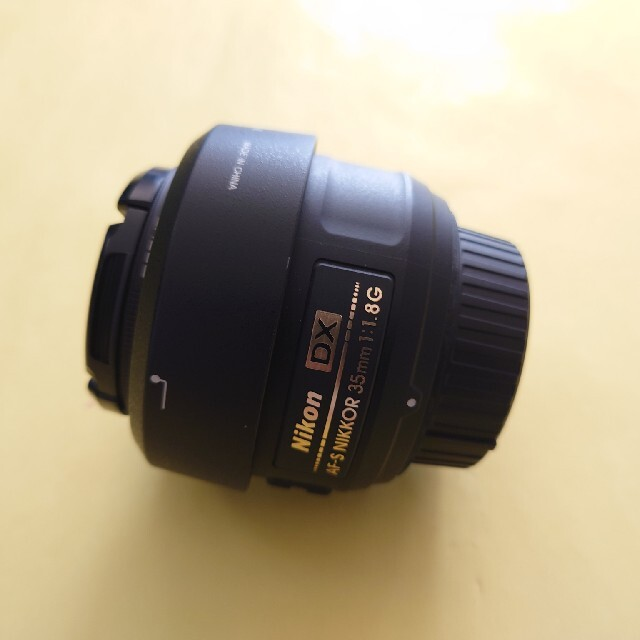 Nikon(ニコン)のニコン Nikkor 35mm F/1.8G AF-S DX レンズ スマホ/家電/カメラのカメラ(レンズ(単焦点))の商品写真