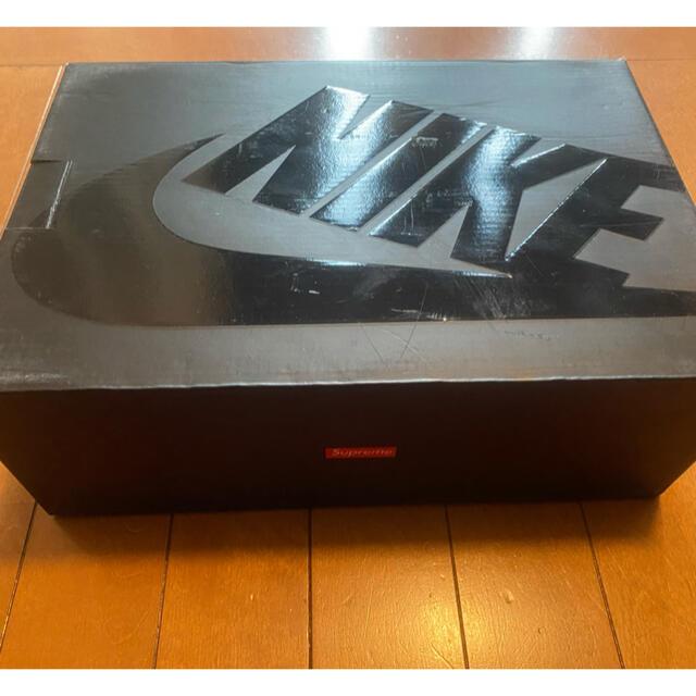 NIKE(ナイキ)のsupremeナイキエアフォース1mid07 メンズの靴/シューズ(スニーカー)の商品写真