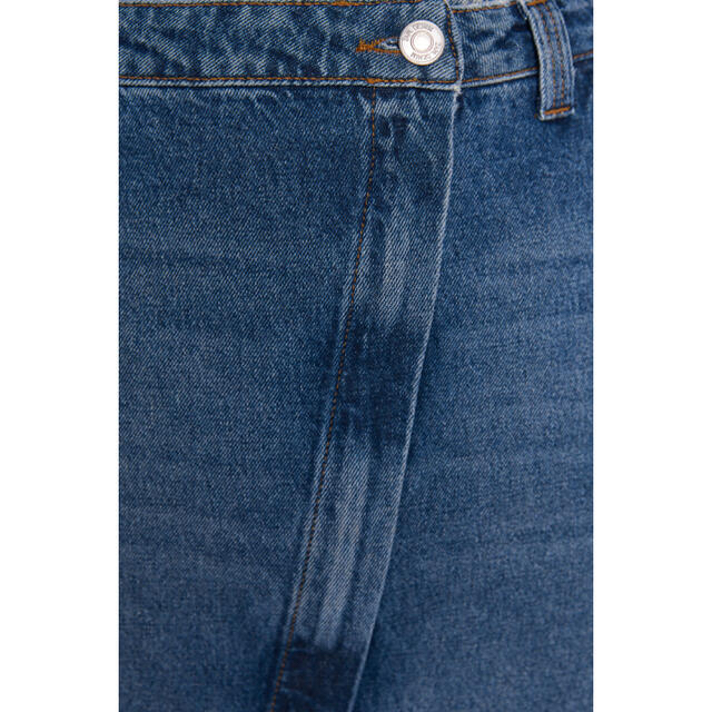 ZARA(ザラ)のZARA リップドデニムミディスカート レディースのスカート(ロングスカート)の商品写真