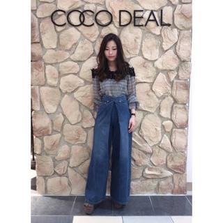 ココディール(COCO DEAL)のcocodeal レースオフショルプリーツシャツ(未使用品)(シャツ/ブラウス(長袖/七分))