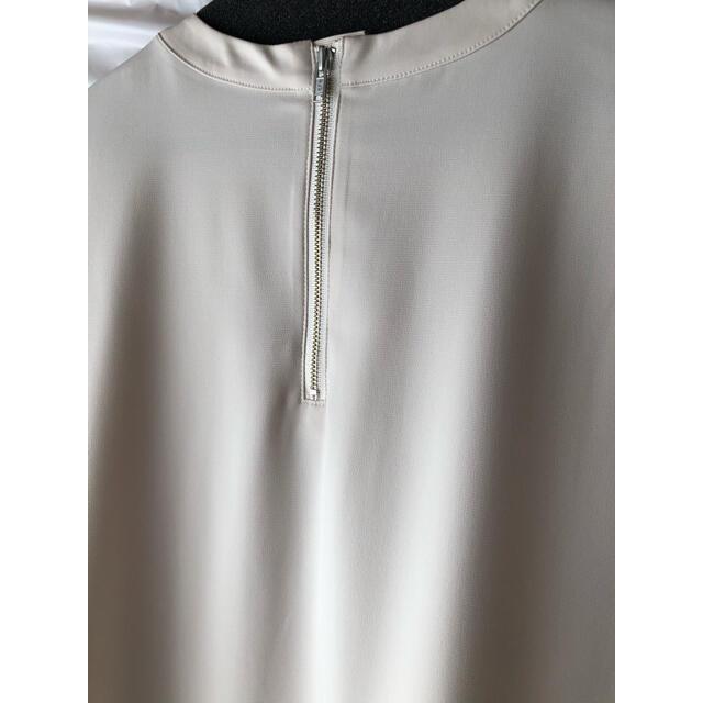 Mila Owen(ミラオーウェン)の2点おまとめ ミラオーウェン Tシャツライクノースリーブブラウス レディースのトップス(シャツ/ブラウス(半袖/袖なし))の商品写真