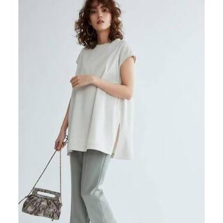 Mila Owen - 《新品タグ付き》ミラオーウェン Tシャツライクノースリーブブラウス