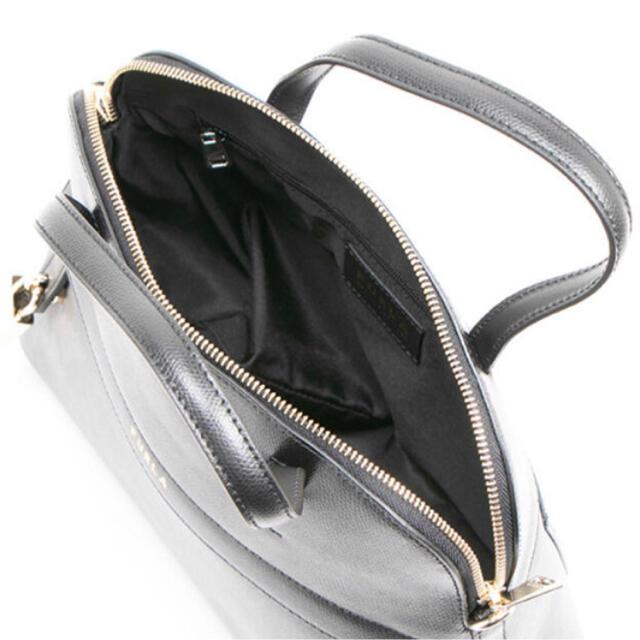Furla(フルラ)のフルラ2wayバックFURLA PIPER DOME NERO 新品未使用 レディースのバッグ(ハンドバッグ)の商品写真