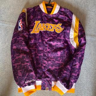A BATHING APE - Lakers bape スタジャン ジャケット