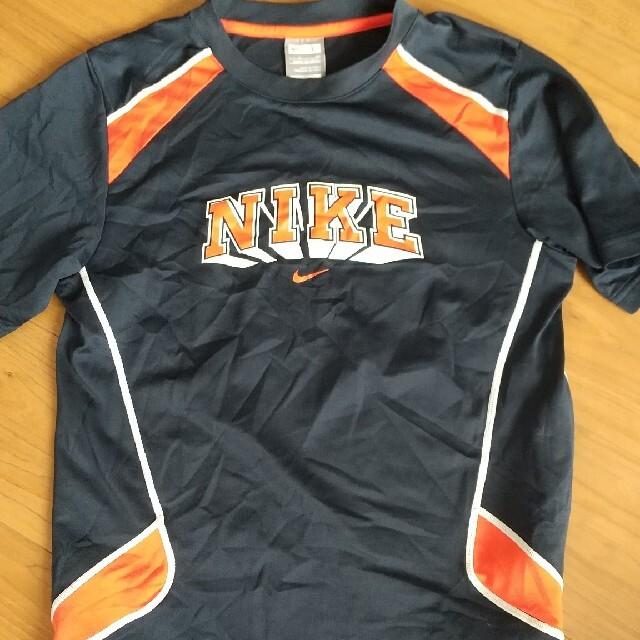 NIKE(ナイキ)のナイキ Tシャツ 150-160 キッズ/ベビー/マタニティのキッズ服男の子用(90cm~)(Tシャツ/カットソー)の商品写真