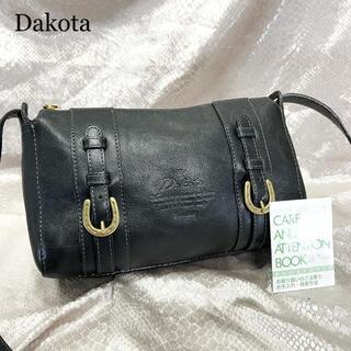 ダコタ(Dakota)の美品☆Dakota ダコタ ショルダーバッグ 黒 ブラック バックル ベルト(ショルダーバッグ)