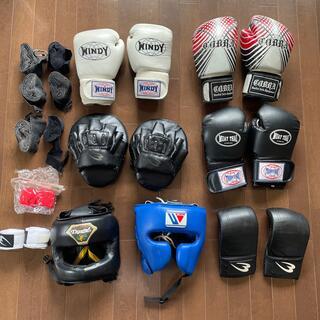 ボクシング用品12点セット(グローブ、ミット、ヘッドギア、バンテージ)(ボクシング)