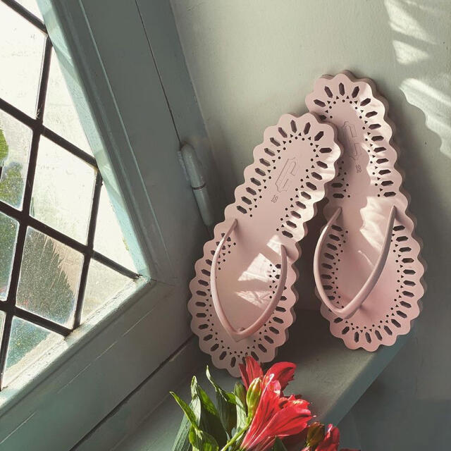 Ron Herman(ロンハーマン)のCarlotha Ray カルロッタレイ 39cm レディースの靴/シューズ(ビーチサンダル)の商品写真