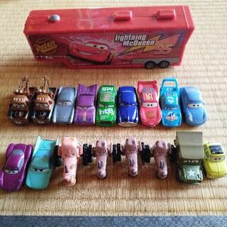 Disney - カーズ トレーラーと車のセット