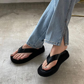 BEAUTY&YOUTH UNITED ARROWS - chuclla Wide thongs platform-sandal チュクラ