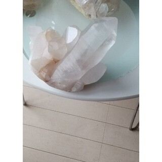 しのぶ先生購入マニカラン水晶クラスター(置物)