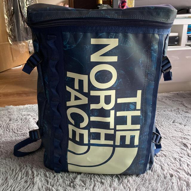 THE NORTH FACE(ザノースフェイス)のTHE NORTH FACE リュック 30L ⭐︎レアなカラー⭐︎ メンズのバッグ(バッグパック/リュック)の商品写真