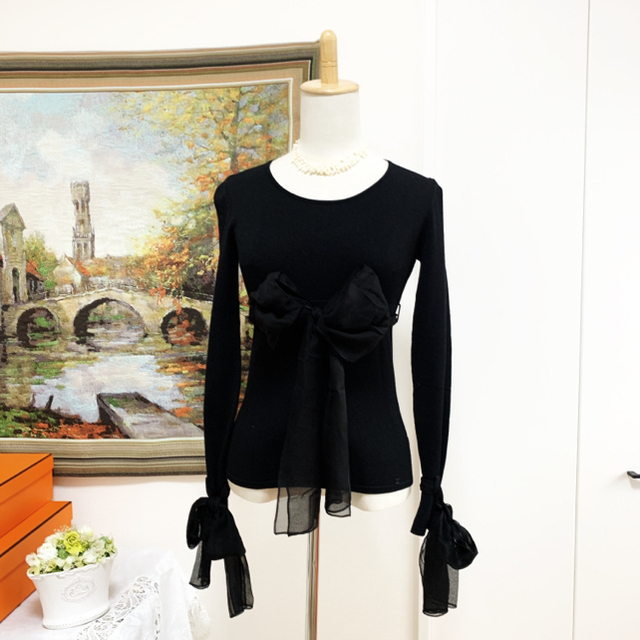 CHANEL(シャネル)の極美品 CHANEL シャネル シルク おりぼん サマー ココマーク セーター  レディースのトップス(ニット/セーター)の商品写真