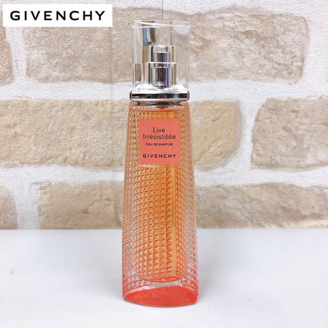 GIVENCHY(ジバンシィ)の未使用 ジバンシー オーデパルファム リヴ イレジスティブル 50ml コスメ/美容の香水(香水(女性用))の商品写真