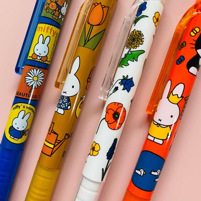 海外限定 ミッフィー ボールペン 4本セット インテリア/住まい/日用品の文房具(ペン/マーカー)の商品写真