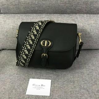 Christian Dior - .ディオールディオール·ボビー #1
