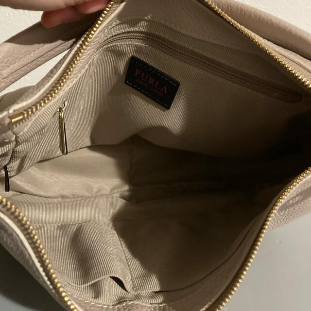 Furla(フルラ)のフルラコメタホーボーバッグ レディースのバッグ(ショルダーバッグ)の商品写真