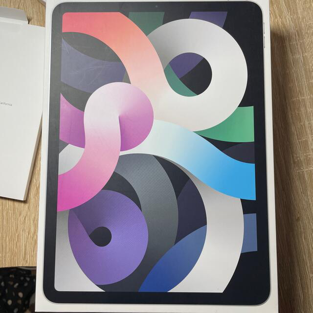 iPad(アイパッド)の【中古品】Apple iPad Air 4 Wifi Silver 64GB スマホ/家電/カメラのPC/タブレット(タブレット)の商品写真