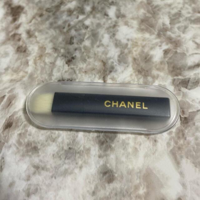 CHANEL(シャネル)のシャネル アイシャドウ ブラシ コスメ/美容のメイク道具/ケアグッズ(ブラシ・チップ)の商品写真