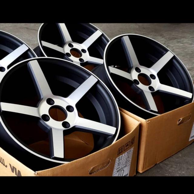 16インチ7J逆ゾリ タイヤホイールセット 自動車/バイクの自動車(タイヤ・ホイールセット)の商品写真