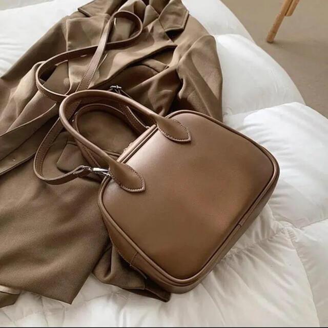Kastane(カスタネ)のスクエアバッグ レディースのバッグ(ハンドバッグ)の商品写真