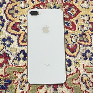 アップル(Apple)のiPhone 8plus 本体 64G(スマートフォン本体)