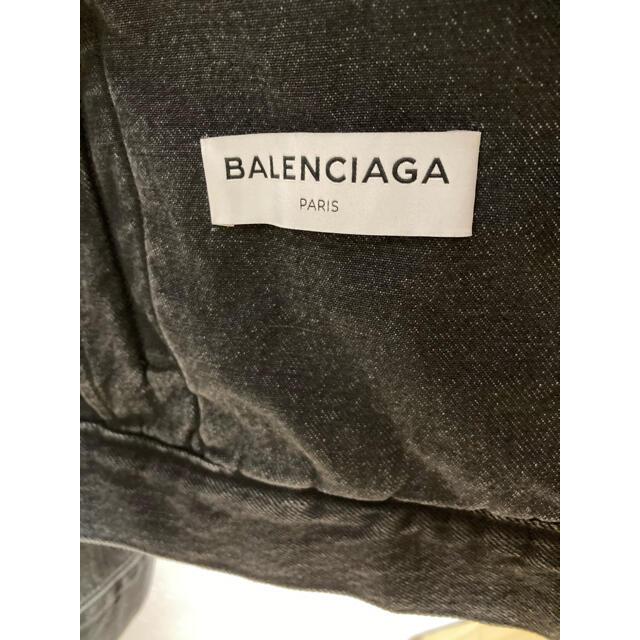 Balenciaga(バレンシアガ)のバレンシアガ スウィングデニムジャケット ブラック 36 確実正規品 36 レディースのジャケット/アウター(Gジャン/デニムジャケット)の商品写真