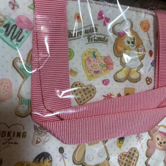Disney(ディズニー)のダッフィランチバッグ エンタメ/ホビーのおもちゃ/ぬいぐるみ(キャラクターグッズ)の商品写真