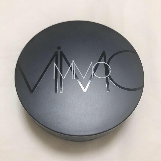 MiMC(エムアイエムシー)のMIMC ミネラルリキッドリーファンデーション#205 新品パフ付 コスメ/美容のベースメイク/化粧品(ファンデーション)の商品写真